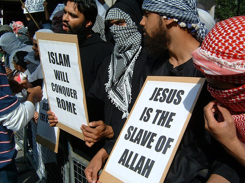 http://ibbarsoum.files.wordpress.com/2012/01/islam-jesus-is-the-slave.jpg